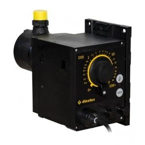 Дозирующий насос Dinotec DDE, 0,006 – 6,0 л/ч, максимально рабочее давление 10 бар, дозировочная головка из PVDF/FKM/керамики арт. 0210-828-01