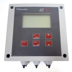 Контроллер Chemitec 4261, мутность с поточной измерительной ячейкой, настенный монтаж, 144 x 144 мм арт. 9710619410A