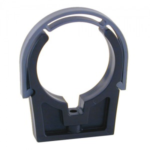 Кронштейн для труб 140 мм с крепежной скобой, PVC-U / Plimat