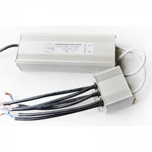Трансформатор 100 Вт 12 В для 6-х белых светодиодных светильников 15 (12) Вт типа TLOP
